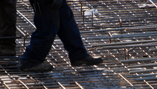 construction standing stepping